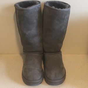 UGG Classic Tall Boots Gray size 8